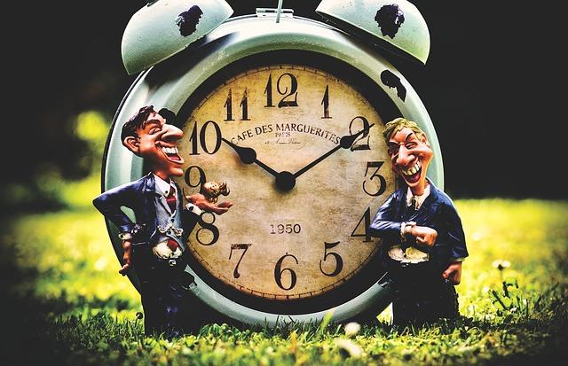 zegarek improwizowany